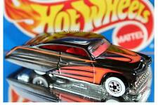 1990 Hot Wheels City Mini Market Sto & Go Playset Exclusive Purple Passion black