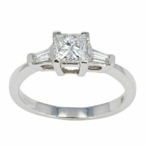 Womens - 18ct White Gold 0.85cts Princess Cut Diamond Solitaire Ring - M.5