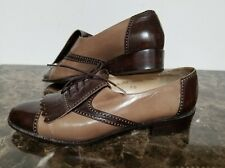 Vintage Salvatore Ferragamo Two/Tone Wing Tip Lace Up Oxford Shoes Fringed Top