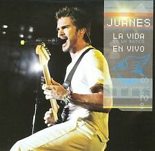La Vida Es Un Ratico En Vivo [Deluxe Edition][2 CD/DVD Combo] 2008 by Juanes
