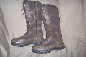 Mens 11.5 Snake Bite Proof Boots Danner Gortex Hunting Boots Waterproof Boots