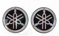 2 x ORIGINAL Yamaha-5cm-EMBLEM-Aufkleber-Emblema-Decal-Insignia-50mm-LOGO-CH