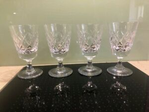 Set of 4 cut glass crystal heavy bottomed small wine glasses ; VGC