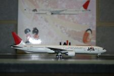 Phoenix 1:400 JAL Japan Airlines Boeing 777-300 JA8942 (PH10573) Die-Cast Model