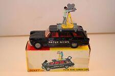 Dinky Toys 281 Fiat 2300 Pathe News Camera car in original box