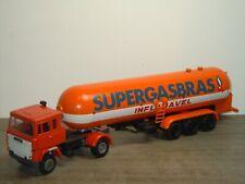 Scania 141 & Tank Trailer SUPERGASBRAS - Arpra Supermini Brazil 1:50 *39245