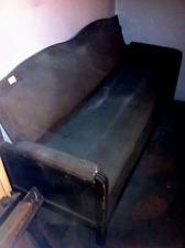 divano antico da restaurare