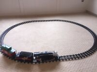 LIONEL A CHRISTMAS STORY TRAIN SET 7-11177 G GUAGE BATTERY POWERED 2009 AS IS