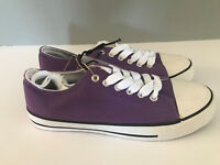 BNWT Ladies older Girls Sz 9 Rivers Doghouse Brand purple lace up Canvas Shoes