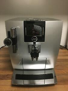 Kaffee-Vollautomat Jura Impressa J9.3 One Touch mit TFT Farbdisplay