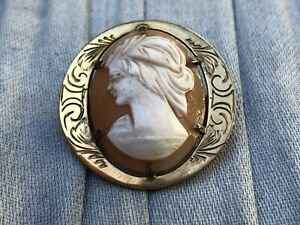 Cameo Brooch Rolled Gold Aesthetic Carved Shell Round Etched Vintage Jewellery