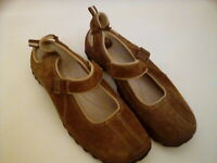 👞Bass 👞Women's Brown Suede Closed Toe Slip On Flat Shoes Size 7.5