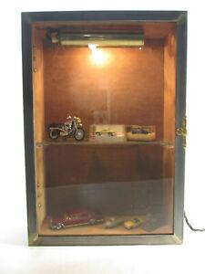 45 x 31 x 11,5 cm Sammler Vitrine Glas Holz Metall Industrie Design Wandschrank