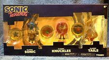 classic sonic tails knuckles pixelated TOMY 3 pack w/ rings nib figure