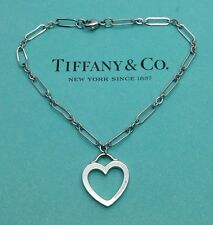 Tiffany & Co. 18ct 18k White Gold Sentimental Open Heart Bracelet Bangle