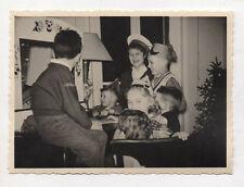PHOTO Enfant Groupe Jeu Théâtre Guignol Marionnettes Chapeau Vers 1950-1960
