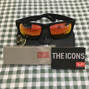 Ray-Ban Justin RB4165 622/6Q Wayfarer Sunglasses/Matte Black/Red Mirror