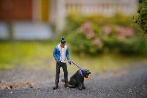 Miniature Figure Black Panther 1/87 or 1/64 Diecast RWB Hotwheel