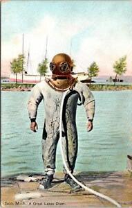 DIVING, A Great Lakes Diver, SOO, Michigan Postcard - Hugh C. Leighton Co.