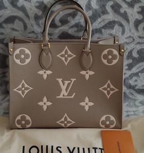 LOUIS VUITTON ONTHEGO TOURTERELLE GRAY LEATHER BAG