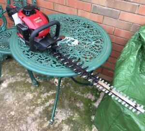 MOUNTFIELD MHJ2424  61cm Double-Bladed Petrol Hedge Trimmer - Herefordshire
