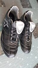 CHAUSSURES DE FOOT HOMME TAILLE 44 KIPSTA  NEUVES