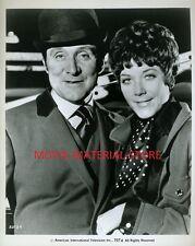 "Patrick Macnee Linda Thorson The Avengers Original 1974 8x10"" Photo #L5685"