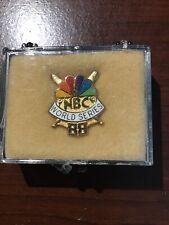 1988 WORLD SERIES NBC TV PRESS PIN ORIGINAL BOX DODGERS VS A'S