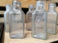 5 Vintage Glass Bottles Gebhardt Embossed Eagle Chili Powder Early American USA
