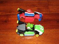 Hot Wheels AI Mario Kart Yoshi Smart Car W/ EXTRA COVER WORKS GREAT