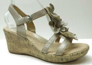 Born b.o.c Champagne Leather Ankle Strap Platform Wedge Sandals Heels Pumps 9