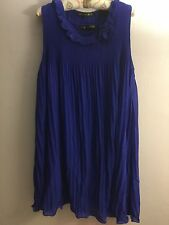 Beautiful lush dress New Lait -XL