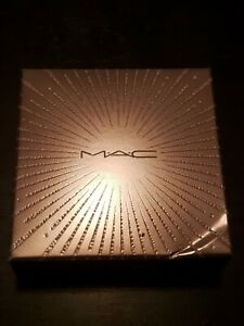 MAC Cosmetics Extra Dimension/SkinFinish Frosted Firework Flare for the Dramatic