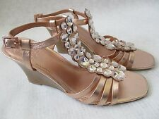 $79 VINCE CAMUTO LEATHER ROSE GOLD JEWELED WEDGE SHOES SIZE 9 1/2 M - NEW