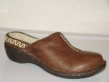 UGG SZ 6 SHEEPSKIN BROWN LEATHER CLOG SLIP ON COMFORT SLIDE MULES MOCS SHOE