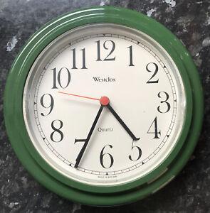 "Westclox Kitchen Clock Quartz Green Rim White Face 9"" Big Numbers AA Battery NI"