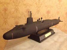 1:350 Great Britain Vanguard class submarine complete model