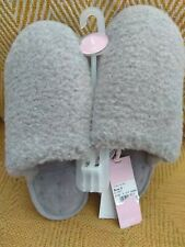 Ladies Isotoner Pillowstep Textured Faux Fur Mule Slippers In Grey  Size 5