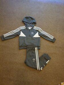 Boys Age 4-5 Adidas Tracksuit