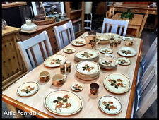 Dinner Services 1960-1979 Royal Worcester Porcelain & China