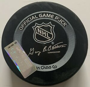 Devils Rangers Game Used Puck 3/15/04 - Meigray LOA - Martin Broduer's 399th Win
