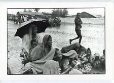 2 Photos - Alain Keler - Rain in Ethiopia 1985 - Prix Paris Match 1986 -
