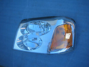 GMC Envoy Denali  Headlight Front Lamp 2002 2003 04 2005 2006 OEM Driver Side