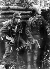 WW2 Photo WWII German Wehrmacht Soldiers World War Two Germany / 2521