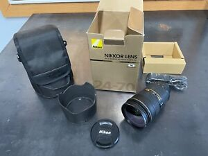 Nikon AF-S Nikkor 24-70mm f/2.8 Mint Condition
