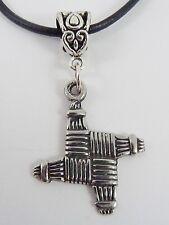 Saint Brigid's croix, pendentif en étain. bride, irlandais CROS celtique Brigit brogha mariée