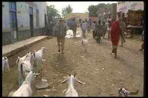 170042 Soldier Foot Patrol Mogadishu A4 Photo Print