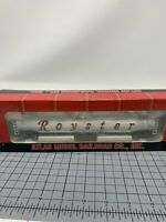 ATLAS HO SCALE #1722-1 ROYSTER SHPX TANK CAR #18669 WITH BOX -- T9