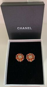 Original vintage CHANEL CC clip on Earrings with orange/red Gripoix
