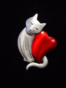 """""""JJ"""" Jonette Jewelry Silver Pewter """"CAT with Large RED Heart"""" Pin"""